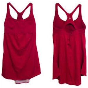 LIKE NEW LuluLemon RED Venus Tank size 6 STUNNING!